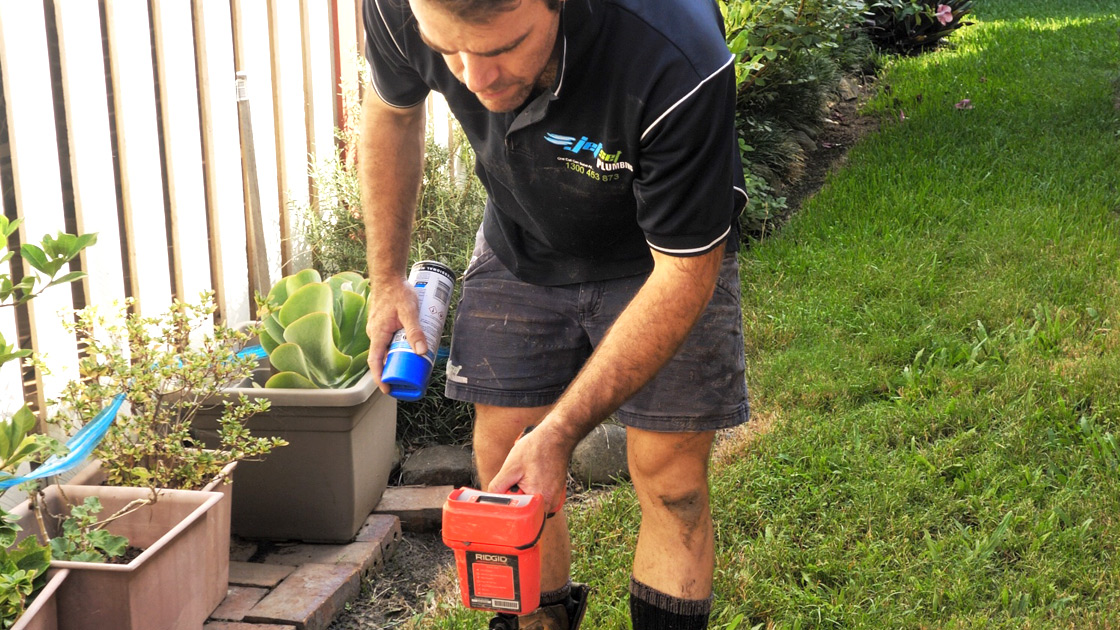 Eastern Suburbs plumber completing a leak detection